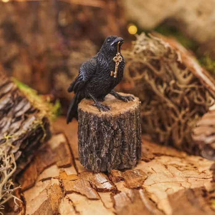 raven holding key, fairy garden ornament