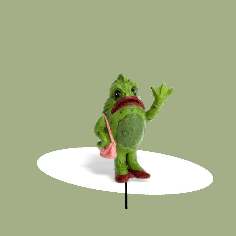 Mrs Swamp Monster (1)