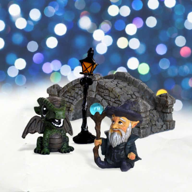 Mini Kit Fairy garden bridge, dragon, lamp and wizard